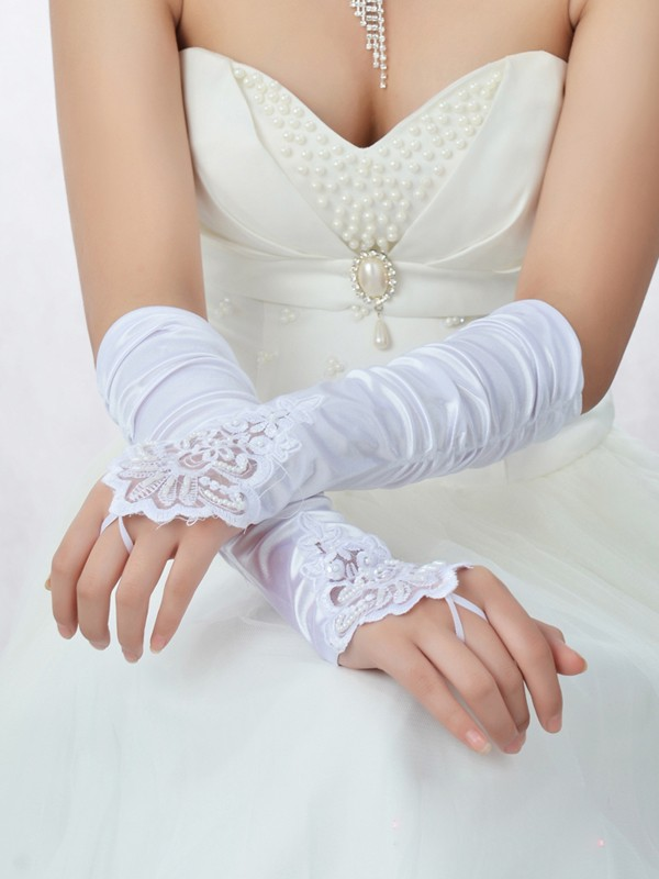 Romantic Spitze Satin Perlen verziert Bridal Gloves